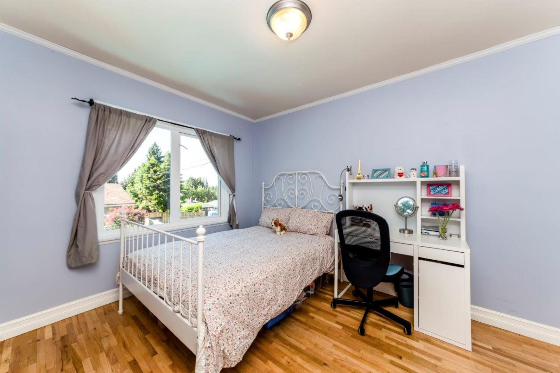 419w26-11 at 419 West 26th Street, Upper Lonsdale, North Vancouver