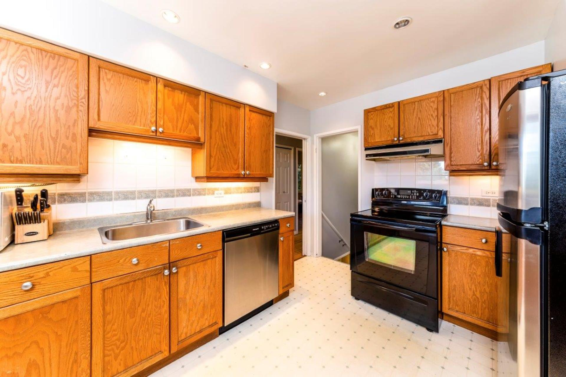 419w26-21 at 419 West 26th Street, Upper Lonsdale, North Vancouver