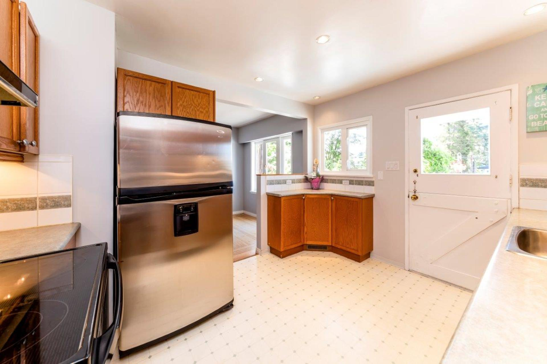 419w26-23 at 419 West 26th Street, Upper Lonsdale, North Vancouver