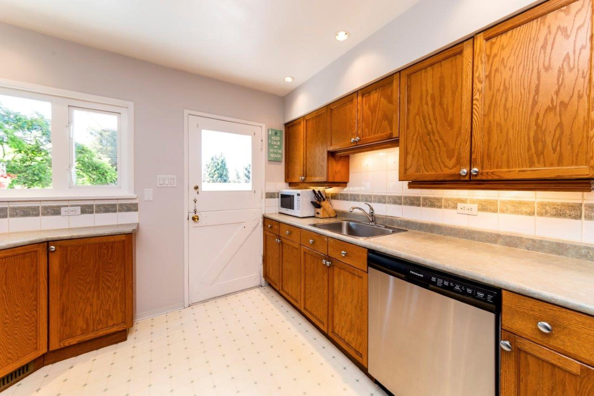 419w26-24 at 419 West 26th Street, Upper Lonsdale, North Vancouver