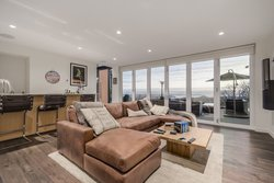 mini20 at 5164 Madeira Court, Canyon Heights NV, North Vancouver