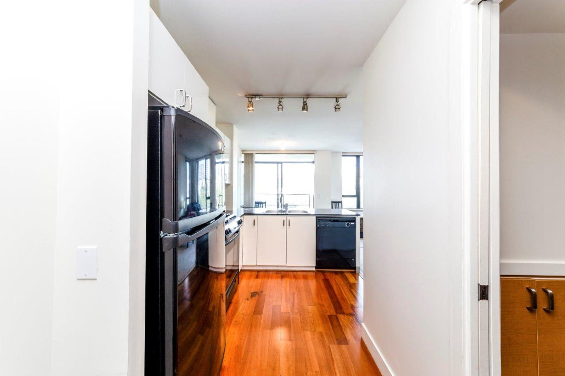 906-151w2-5 at 906 - 151 West 2nd Street, Lower Lonsdale, North Vancouver
