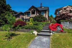 726e4-2 at 726 E 4th Street, Queensbury, North Vancouver