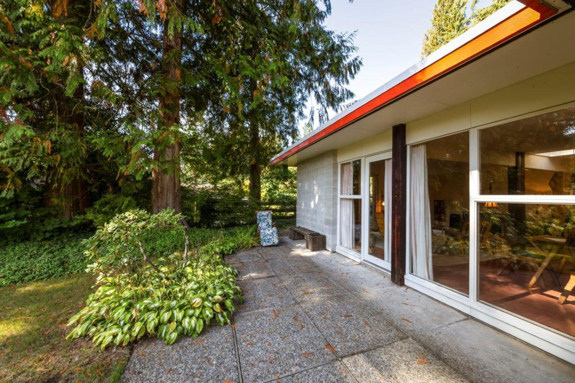1138handsworth-5 at 1138 Handsworth Road, Canyon Heights NV, North Vancouver