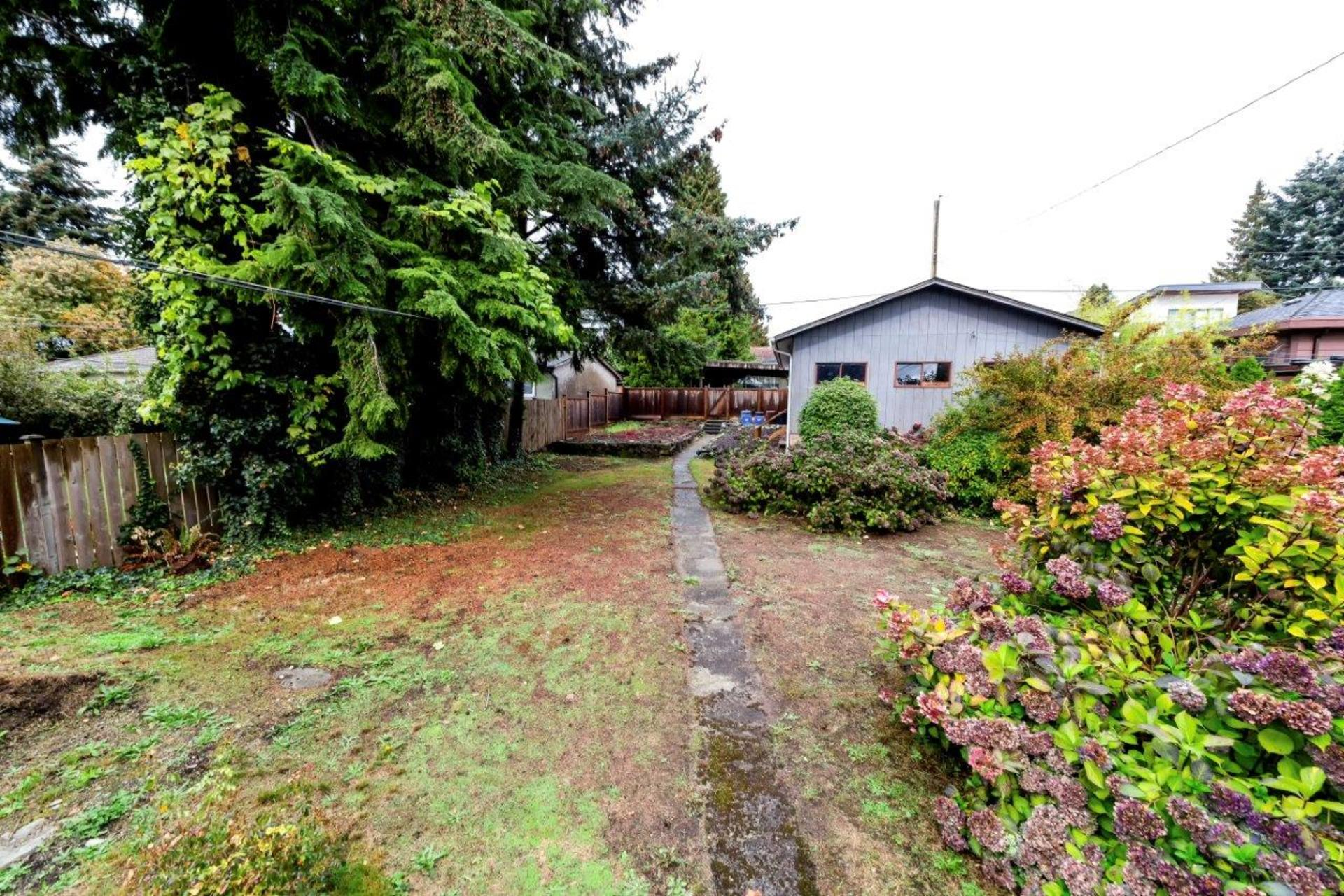 542w4-11 at 542 East 4th Street, Lower Lonsdale, North Vancouver