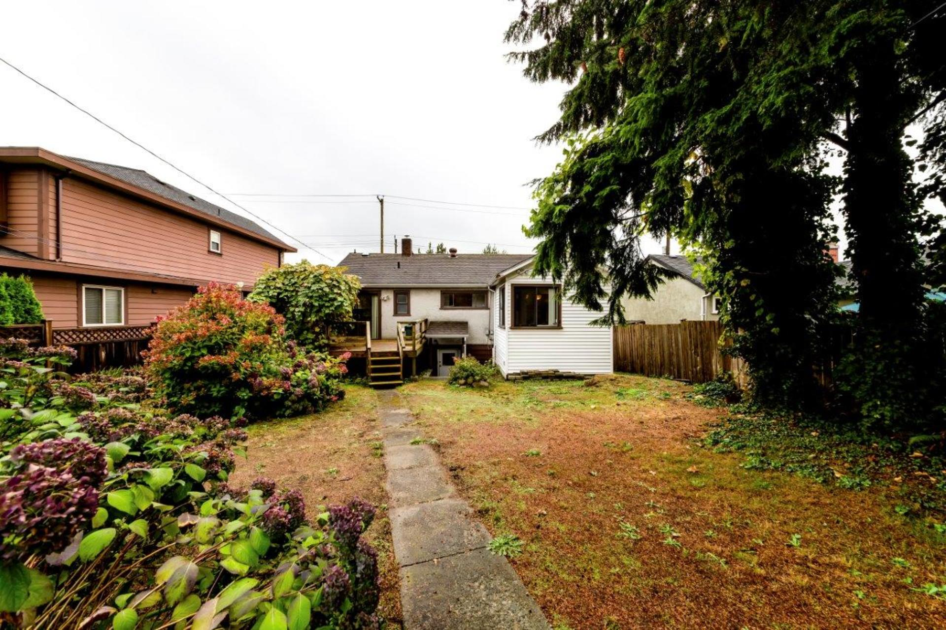542w4-7 at 542 East 4th Street, Lower Lonsdale, North Vancouver