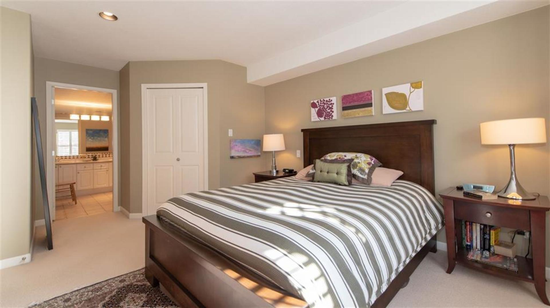 262337785-10 at 57 - 1550 Larkhall Crescent, Northlands, North Vancouver