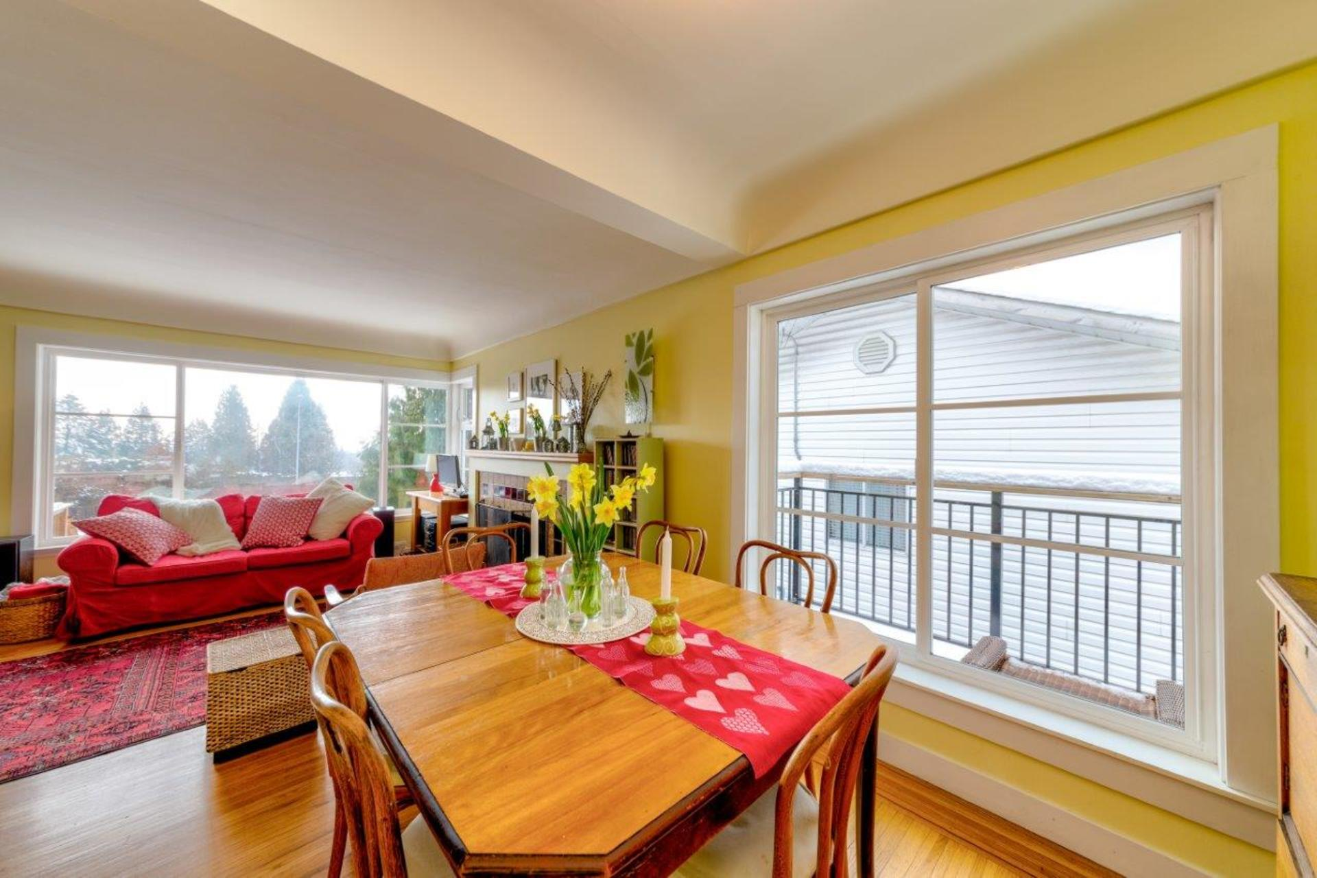 348w25-20 at 348 West 25th Street, Upper Lonsdale, North Vancouver