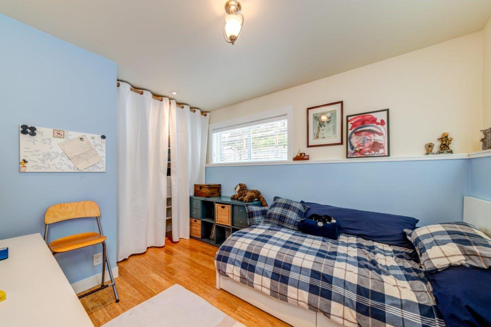 348w25-26 at 348 West 25th Street, Upper Lonsdale, North Vancouver