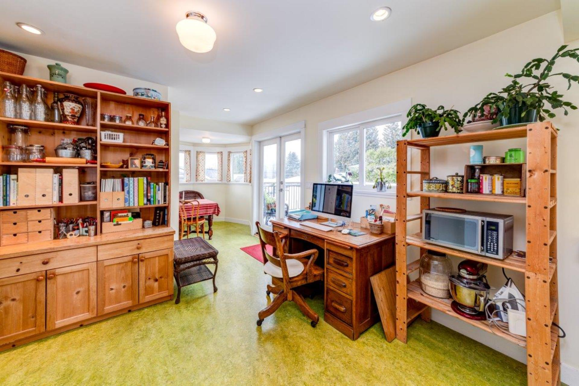 348w25-30 at 348 West 25th Street, Upper Lonsdale, North Vancouver