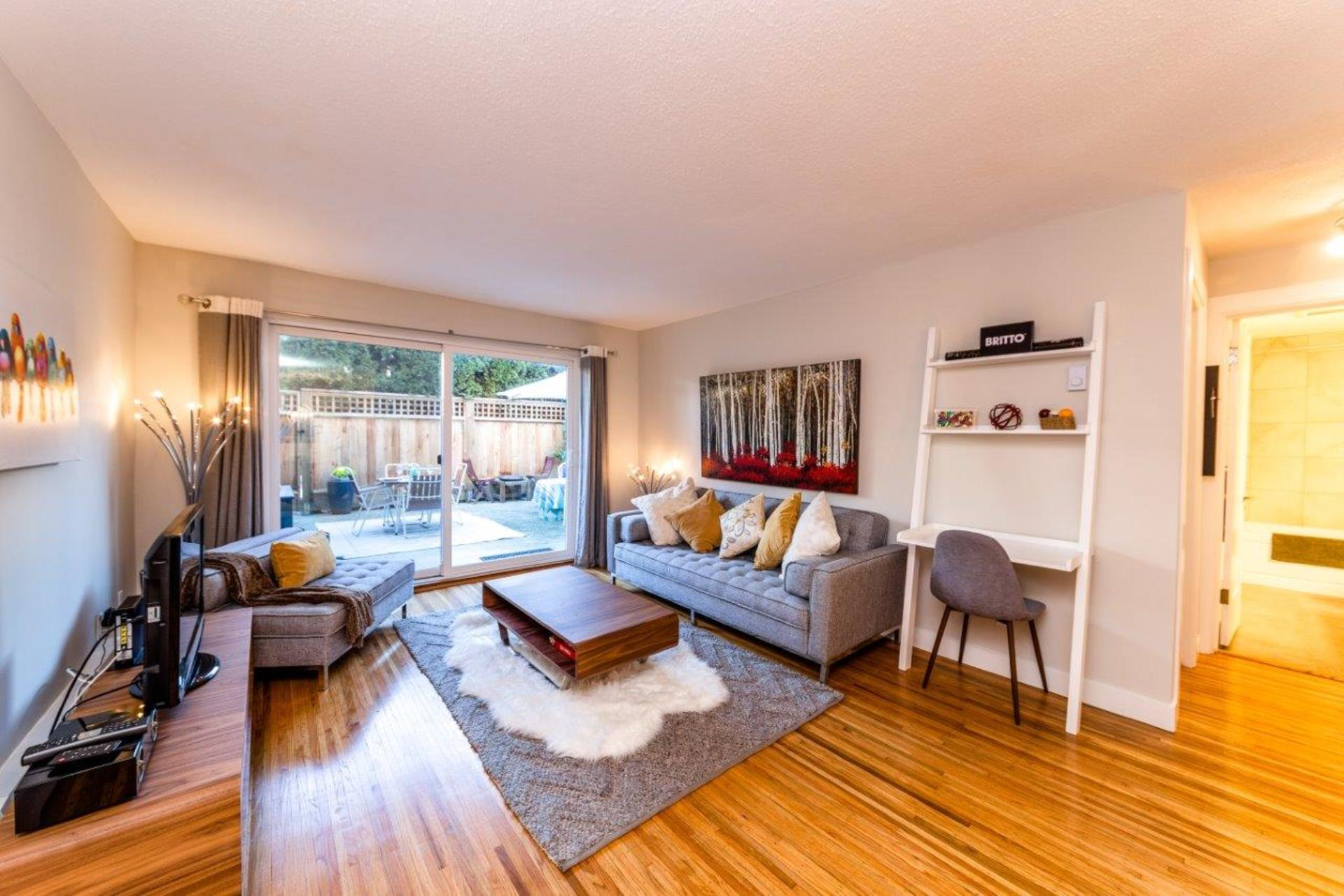 135w21-2 at 105 - 135 West 21st Street, Central Lonsdale, North Vancouver