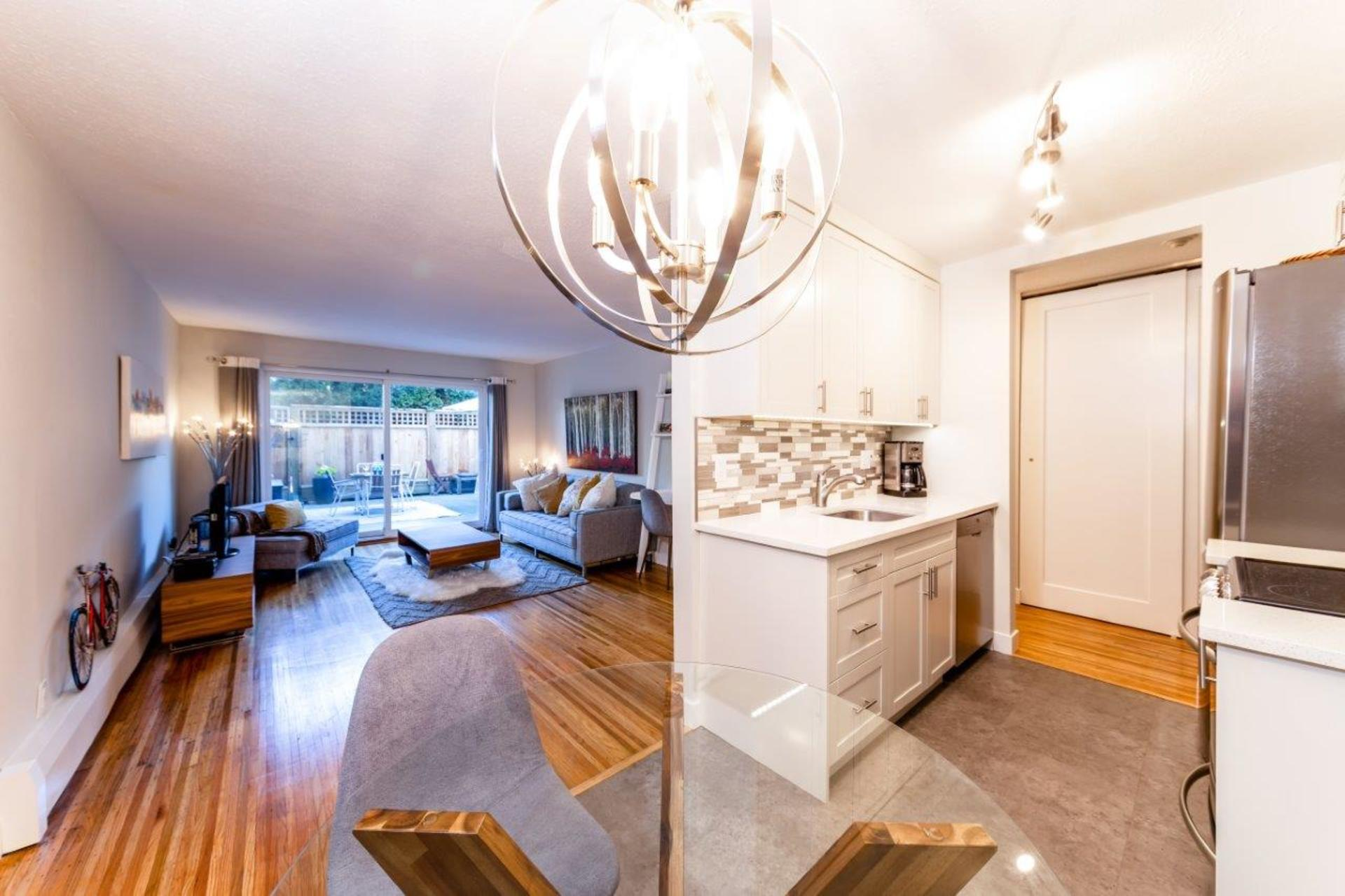 135w21-20 at 105 - 135 West 21st Street, Central Lonsdale, North Vancouver