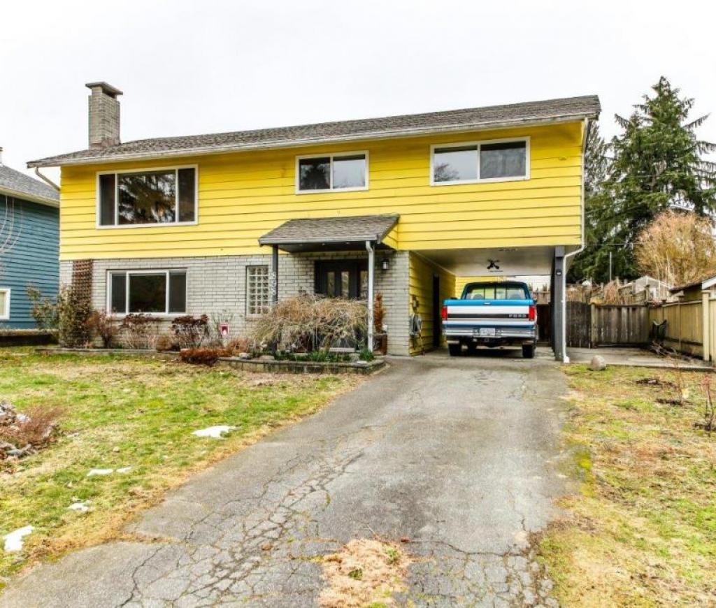 898 E 11th Street, Boulevard, North Vancouver 2