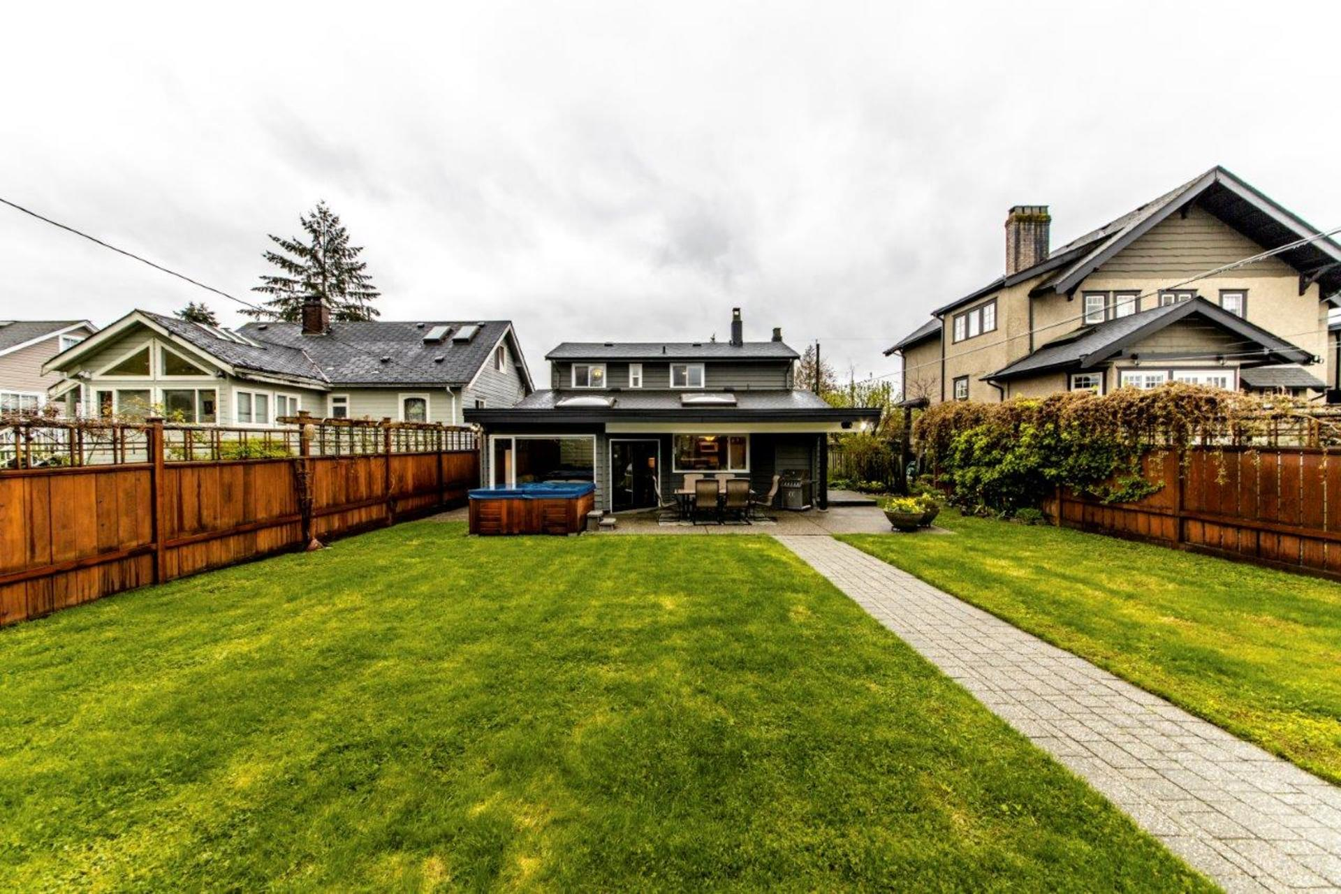 774e9-36 at 774 East 9th Street, Boulevard, North Vancouver