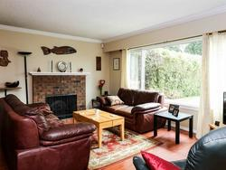 262161026-2 at 514 West 28th Street, Upper Lonsdale, North Vancouver