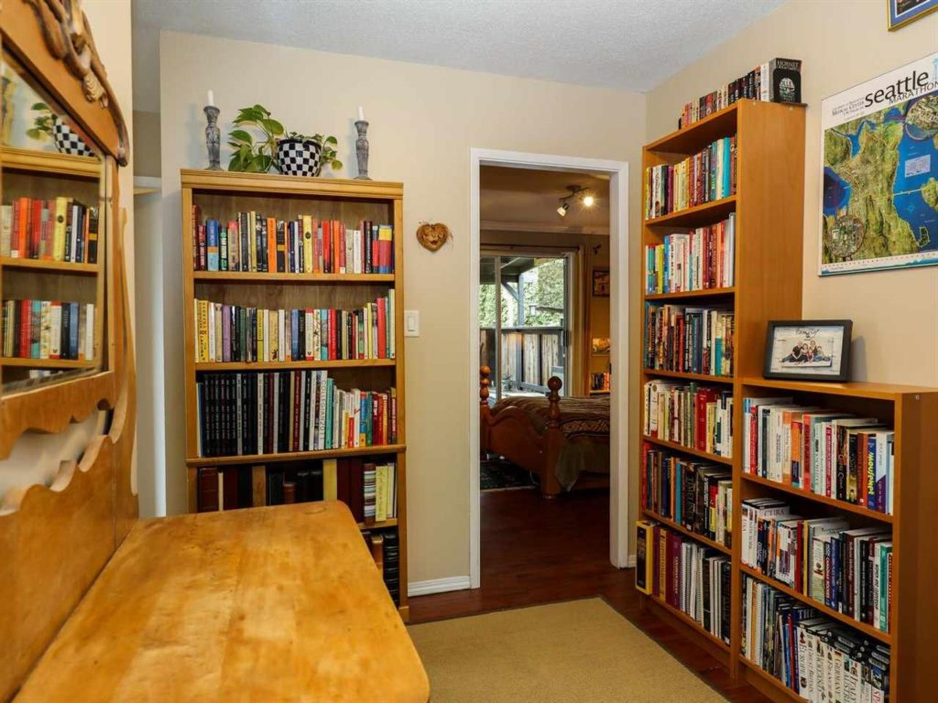 262161026-12 at 514 West 28th Street, Upper Lonsdale, North Vancouver