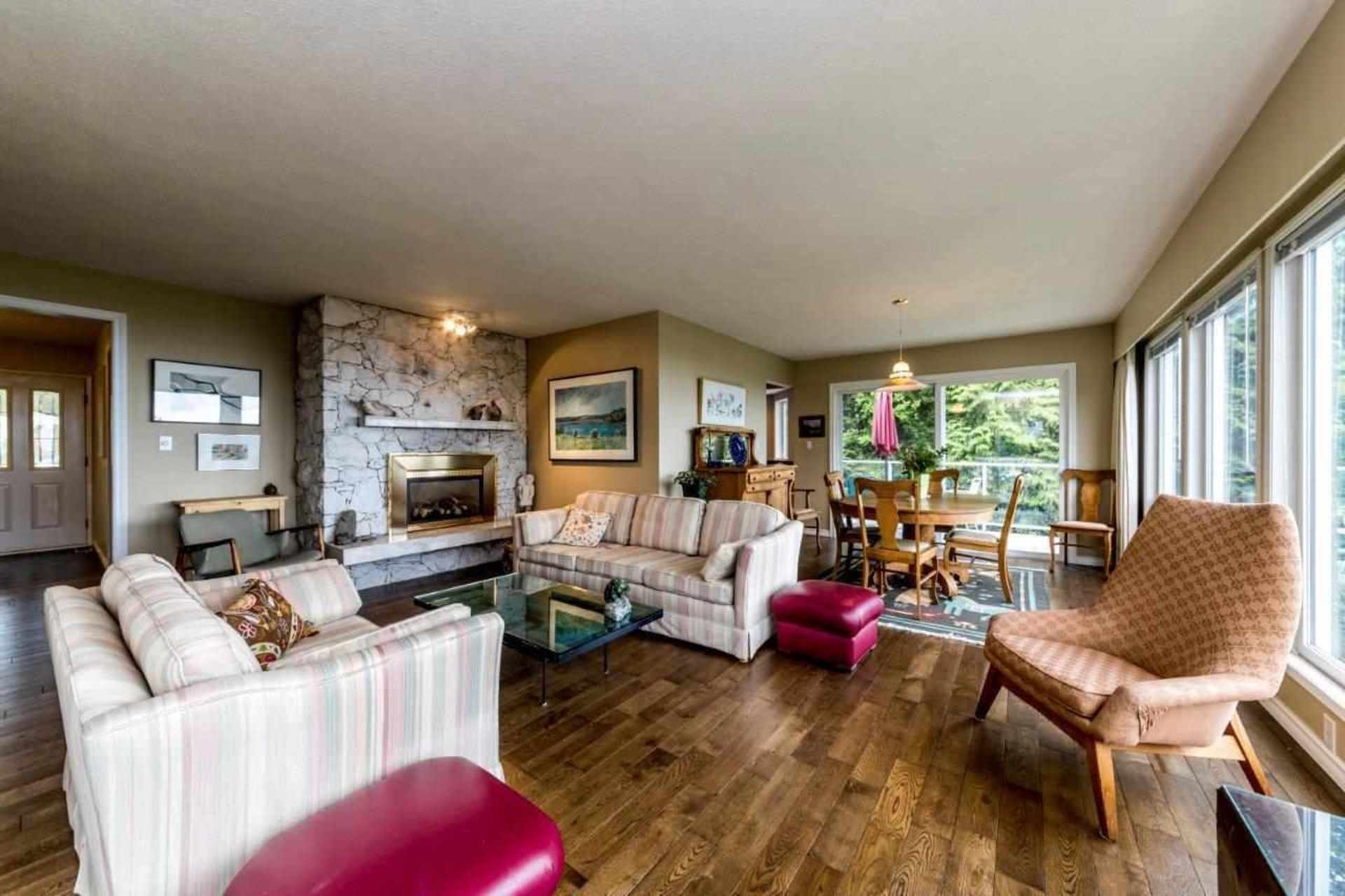 3863-st-pauls-avenue-upper-lonsdale-north-vancouver-10 at 3863 St. Pauls Avenue, Upper Lonsdale, North Vancouver