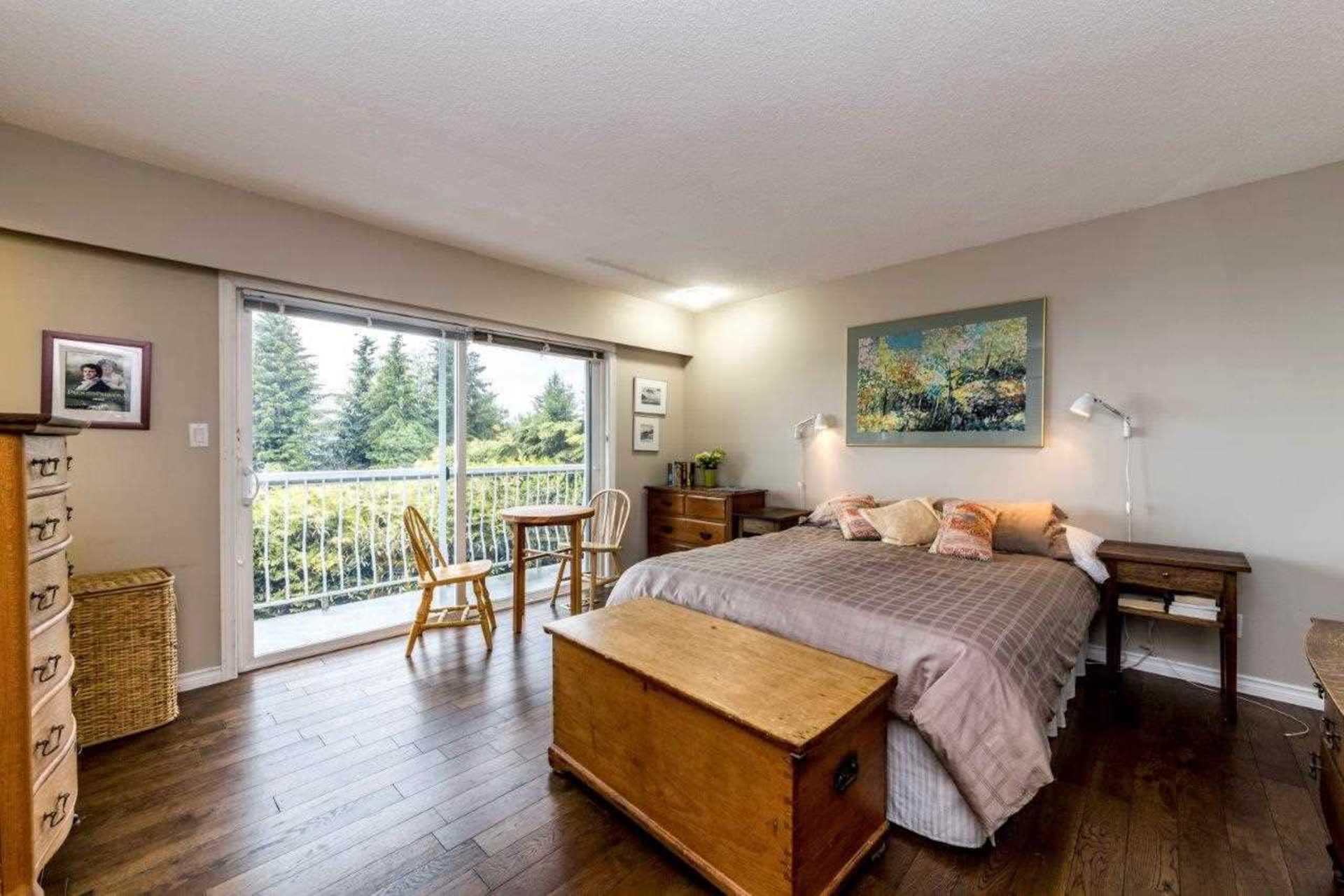 3863-st-pauls-avenue-upper-lonsdale-north-vancouver-11 at 3863 St. Pauls Avenue, Upper Lonsdale, North Vancouver