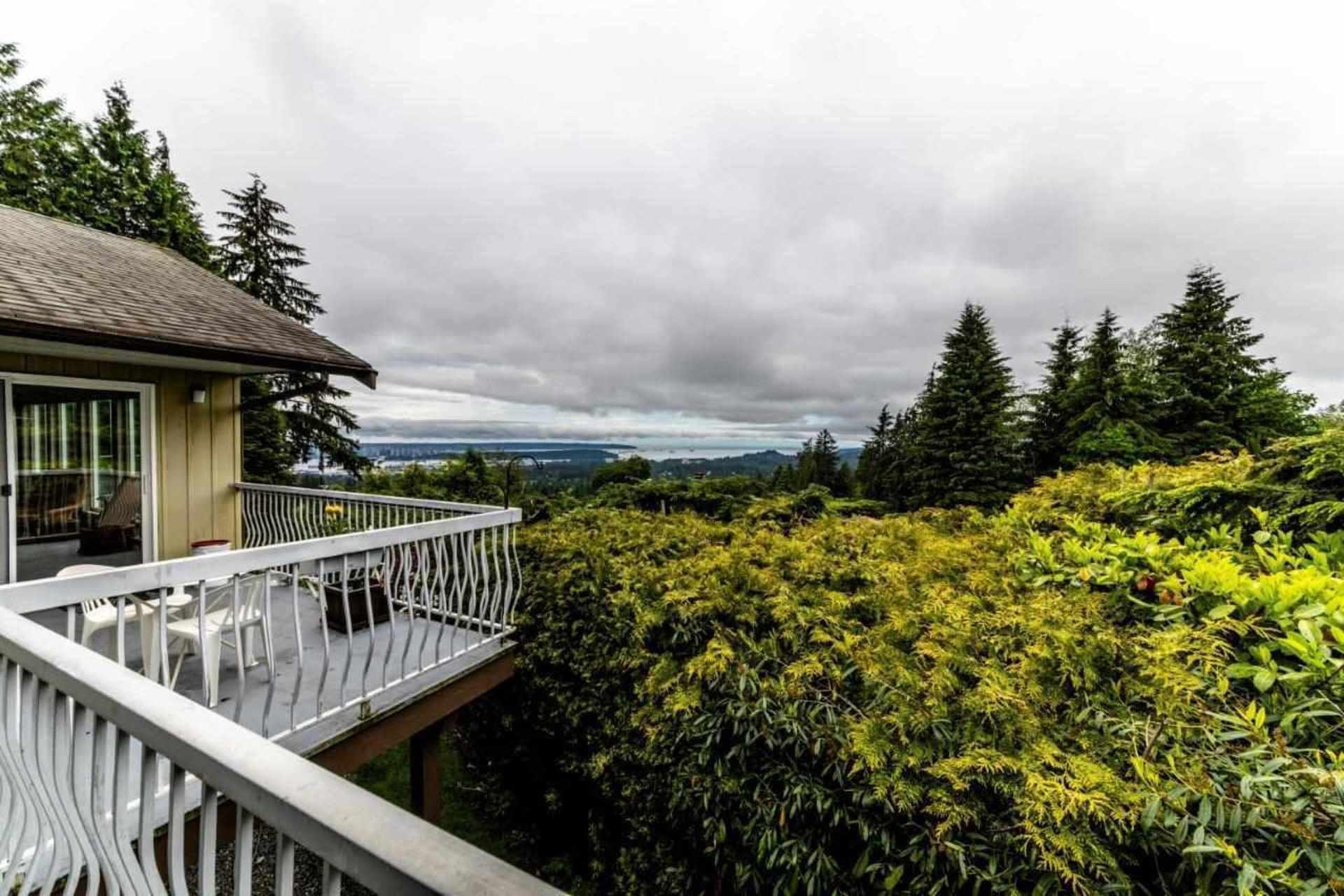 3863-st-pauls-avenue-upper-lonsdale-north-vancouver-19 at 3863 St. Pauls Avenue, Upper Lonsdale, North Vancouver
