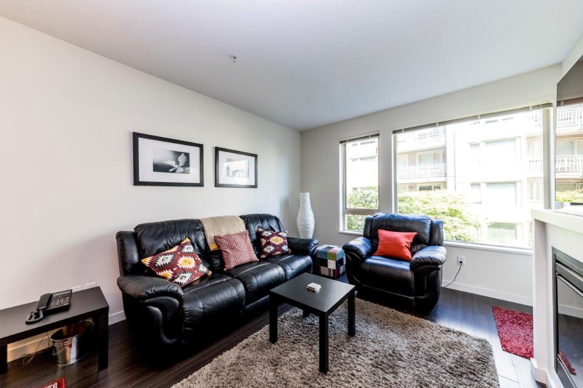 139w22-14 at 205 - 139 West 22nd Street, Central Lonsdale, North Vancouver