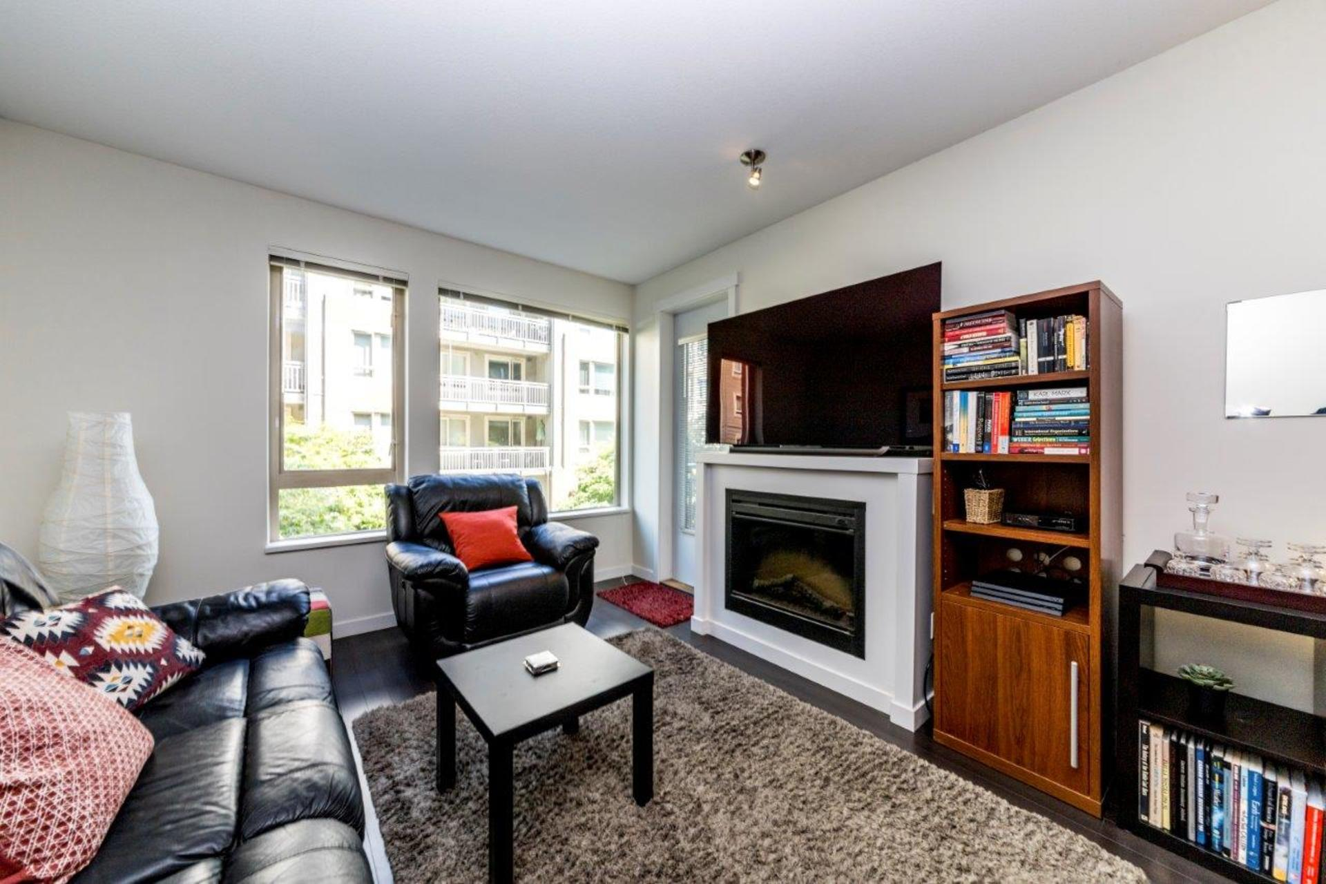 139w22-15 at 205 - 139 West 22nd Street, Central Lonsdale, North Vancouver