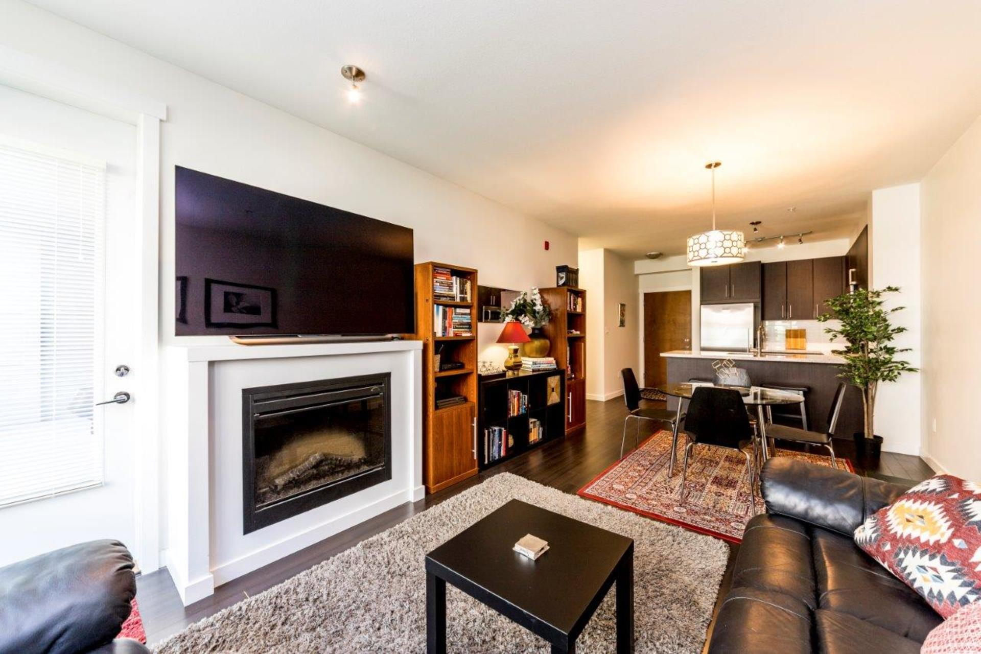 139w22-17 at 205 - 139 West 22nd Street, Central Lonsdale, North Vancouver