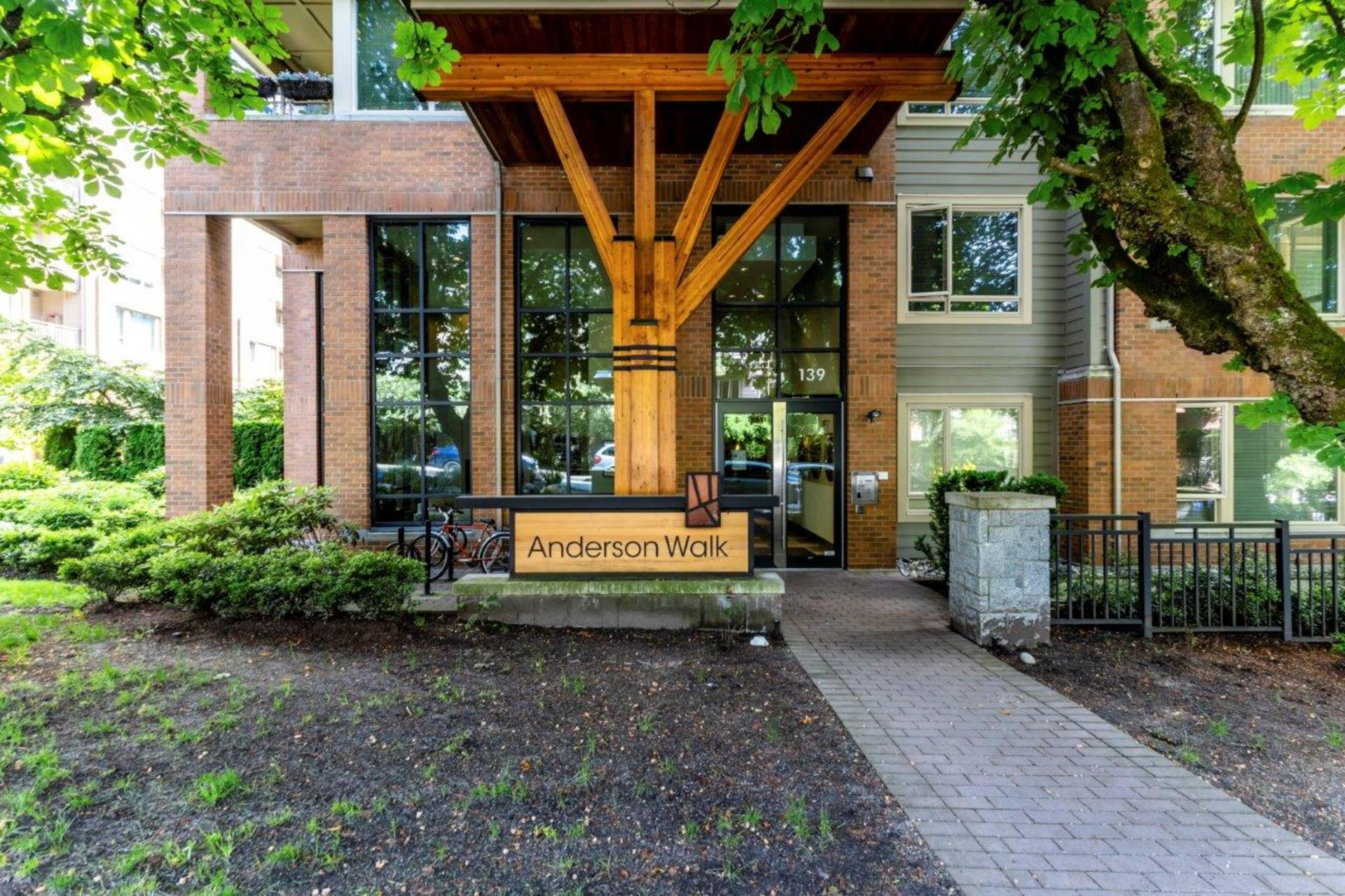 205 - 139 West 22nd Street, Central Lonsdale, North Vancouver