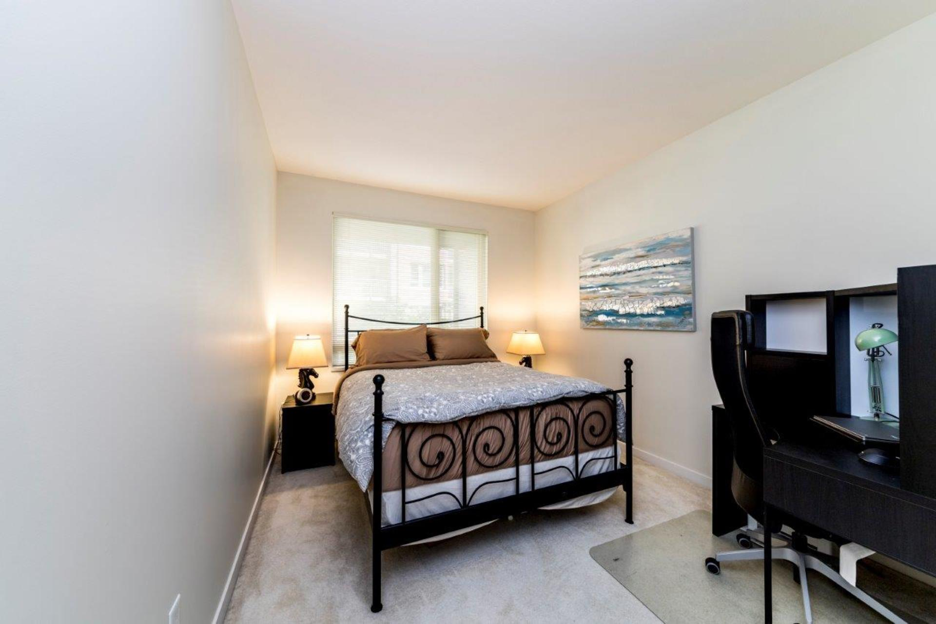 139w22-4 at 205 - 139 West 22nd Street, Central Lonsdale, North Vancouver