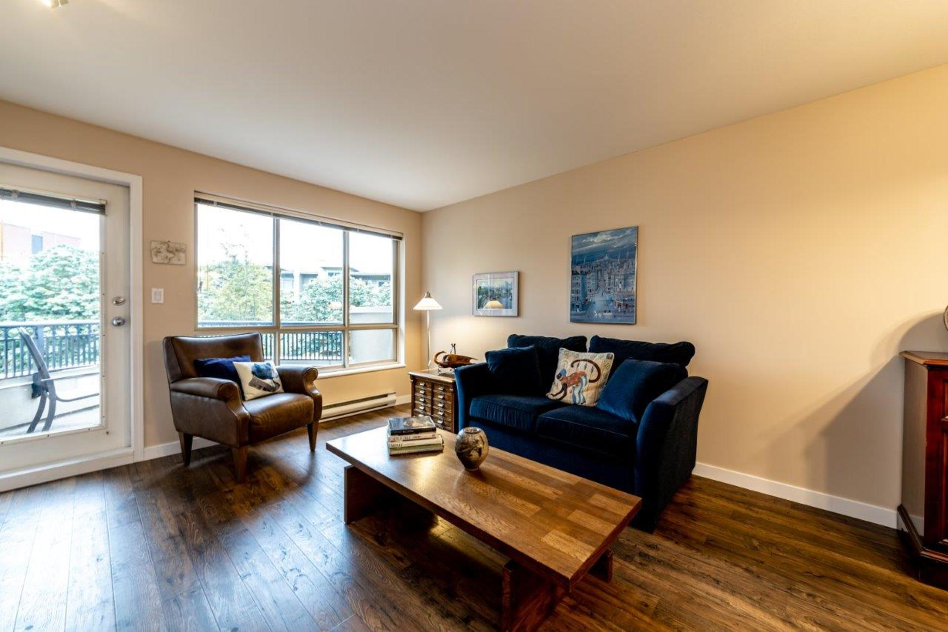 150w22-15 at 510 - 150 West 22nd Street, Central Lonsdale, North Vancouver