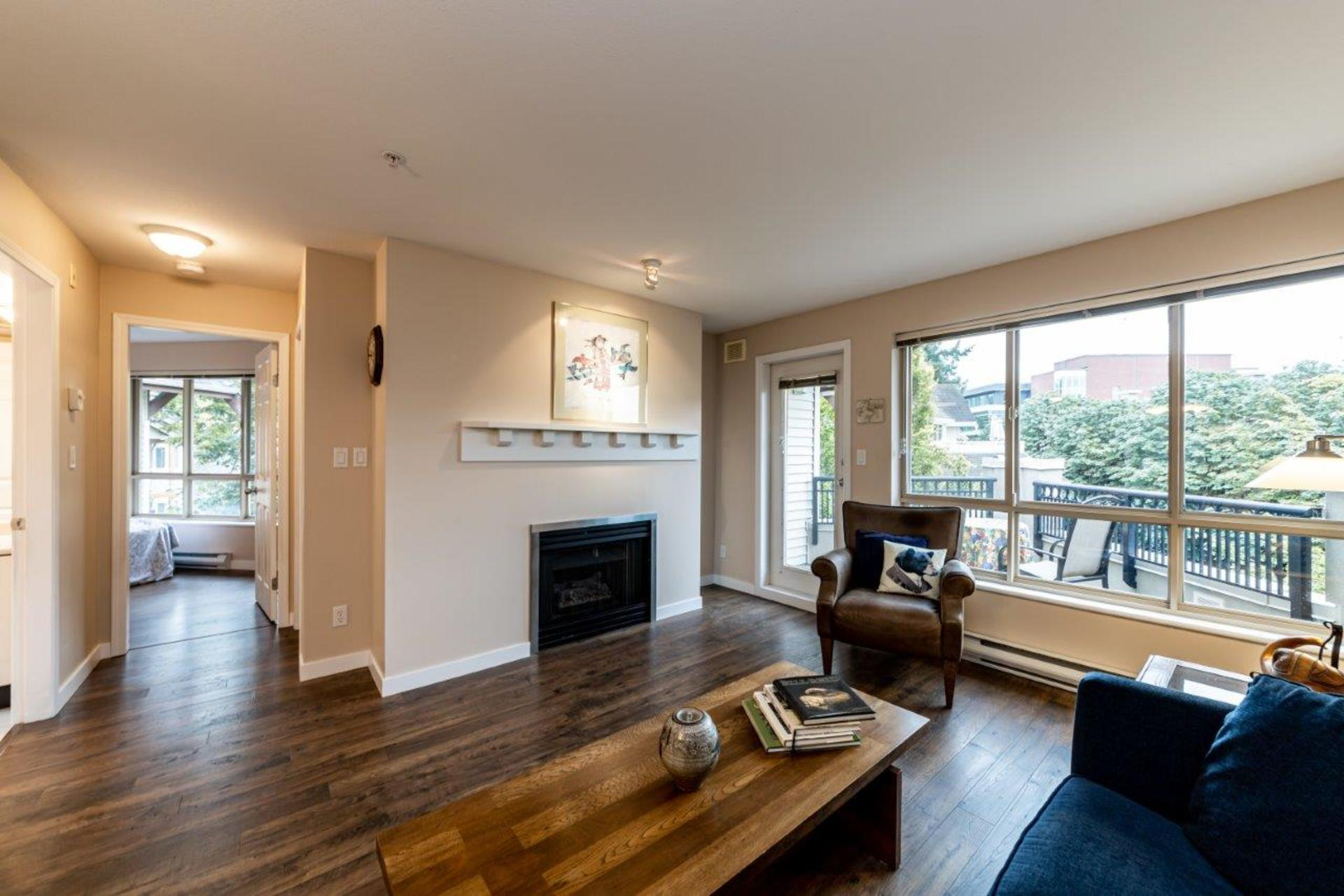 150w22-19 at 510 - 150 West 22nd Street, Central Lonsdale, North Vancouver