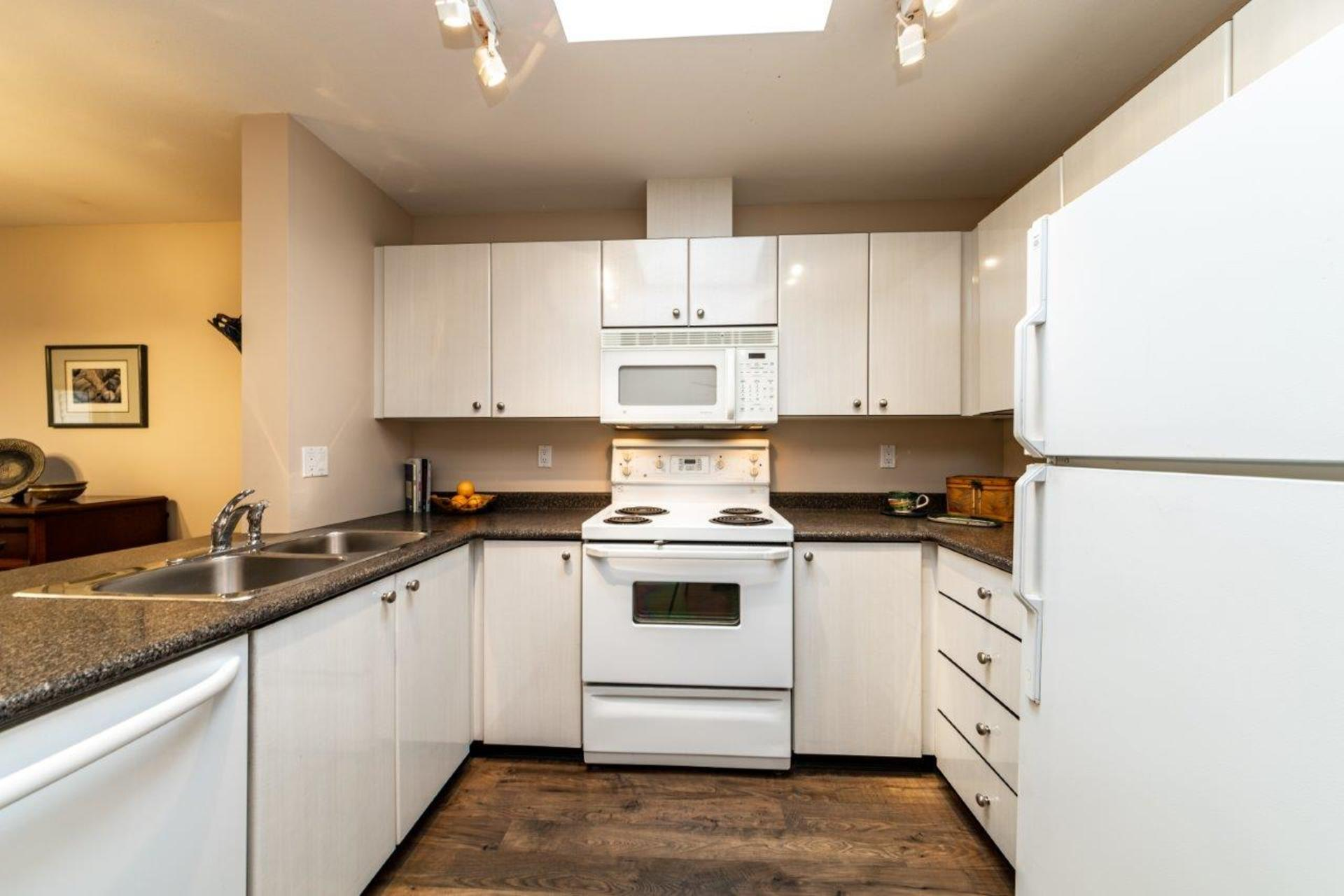 150w22-6 at 510 - 150 West 22nd Street, Central Lonsdale, North Vancouver