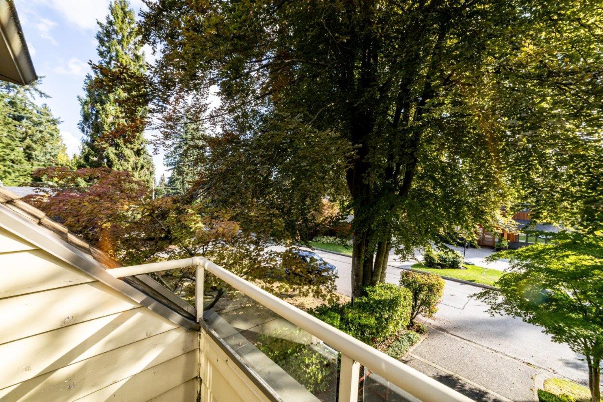 910belmont-17 at 910 Belmont Avenue, Edgemont, North Vancouver