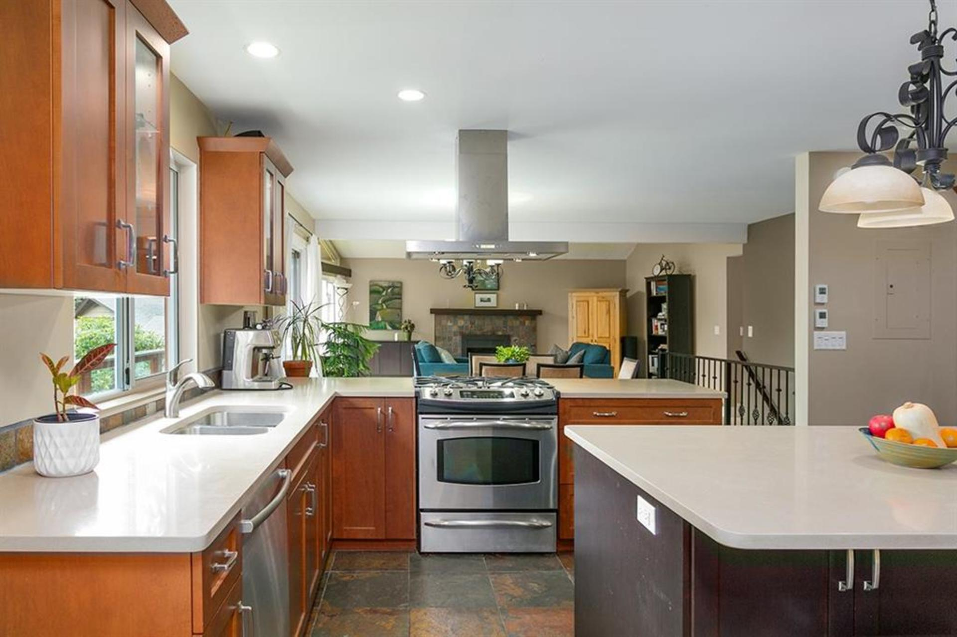 262429712-1 at 4549 Jerome Street, Lynn Valley, North Vancouver