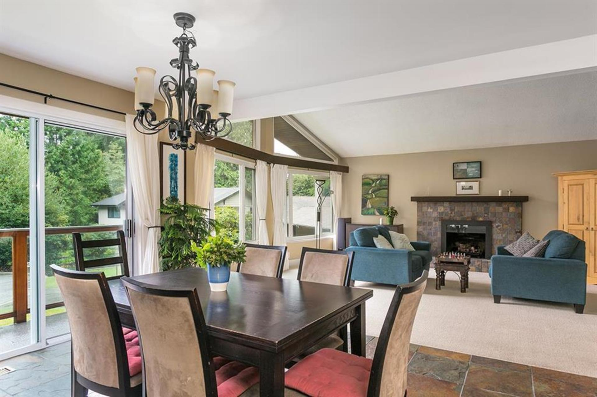 262429712-6 at 4549 Jerome Street, Lynn Valley, North Vancouver