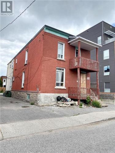 13-balsam-street-west-centretown-ottawa-03 at 13 Balsam Street, West Centretown, Ottawa