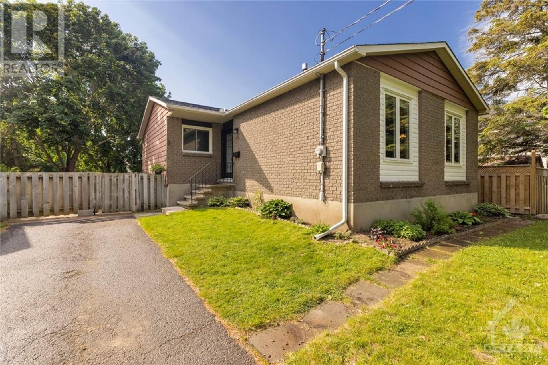 204 Mailey Drive, Carleton Place