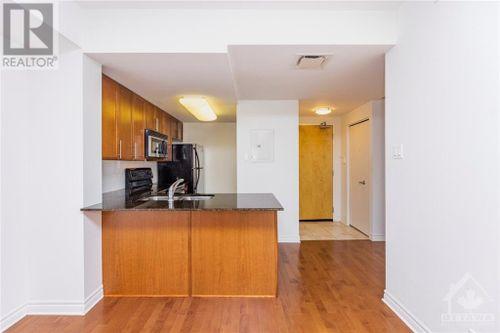 200-lett-street-unit503-lebreton-flats-ottawa-08 at 200 Lett Street, Lebreton Flats, Ottawa