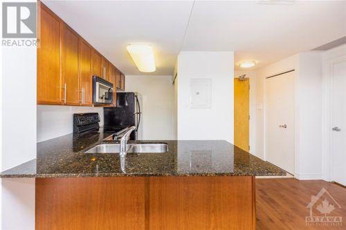 200-lett-street-unit503-lebreton-flats-ottawa-09 at 200 Lett Street, Lebreton Flats, Ottawa