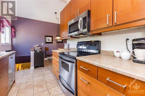 8-parker-avenue-crestview-ottawa-10 at 8 Parker Avenue, Crestview, Ottawa