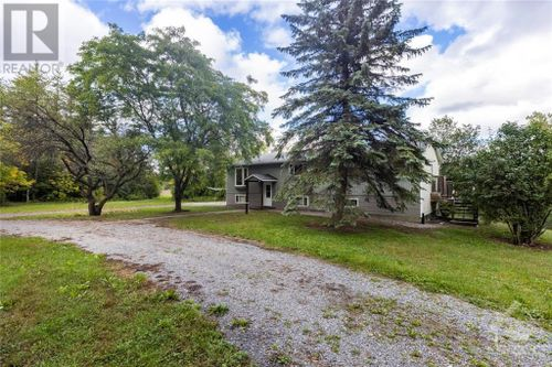 440-ramsay-concession-8-road-mississippi-mills-ramsay-almonte-00 at 440 Ramsay Concession 8 Road, Mississippi Mills ( Ramsay), Almonte