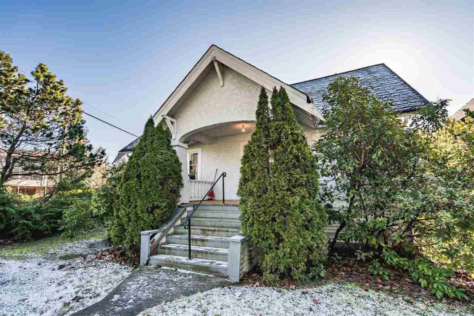 3804-w-king-edward-avenue-dunbar-vancouver-west-04 at 3804 W King Edward Avenue, Dunbar, Vancouver West