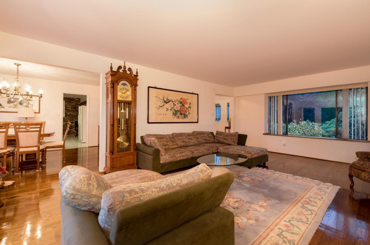 Family Room at 1380 Cammeray Road, Chartwell, West Vancouver