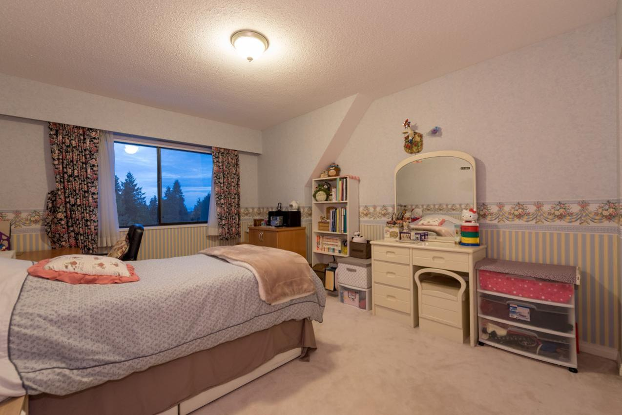 Bedroom at 1380 Cammeray Road, Chartwell, West Vancouver