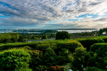 View Photo at 839 Eyremount Drive, British Properties, West Vancouver