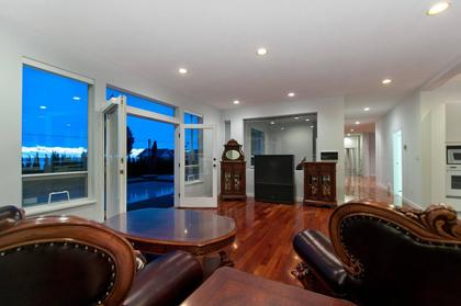 Family Room at 1445 Nelson Avenue, Ambleside, West Vancouver