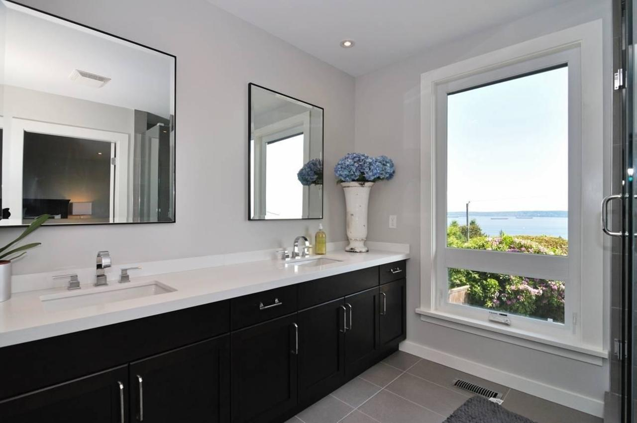 Master Bathroom at 4125 Burkehill Place, Bayridge, West Vancouver
