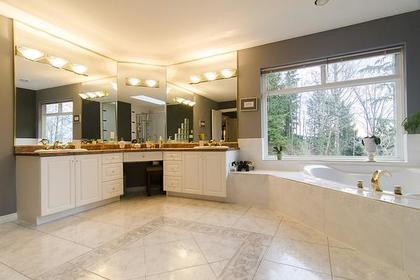 Master Bathroom at 1559 Topaz Court, Westwood Plateau, Coquitlam