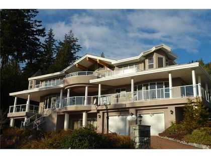 Exterior Front at 2897 Constantine Place, Panorama Village, West Vancouver