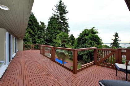 Deck and View at 2927 Altamont Crescent, Altamont, West Vancouver