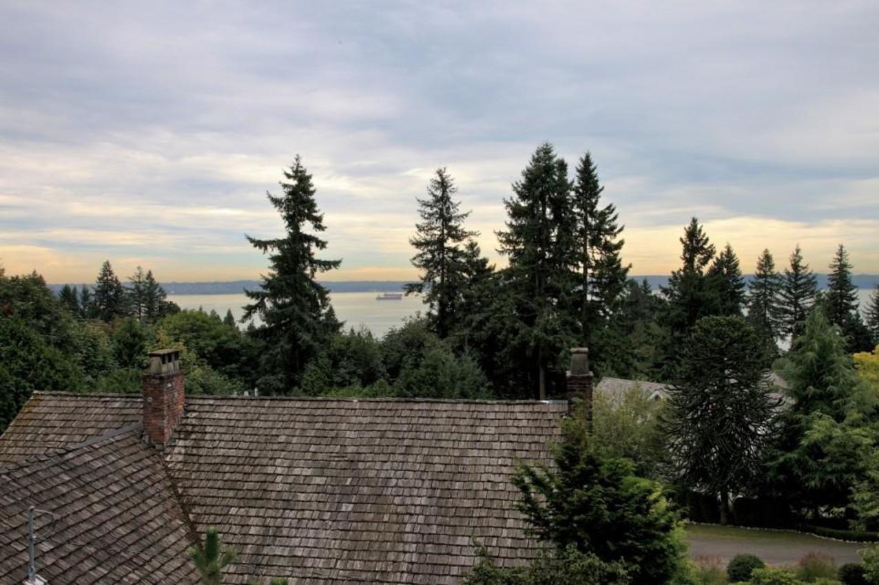 View at 2927 Altamont Crescent, Altamont, West Vancouver